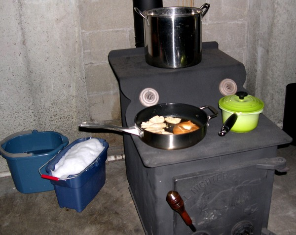 Cooking woodstove