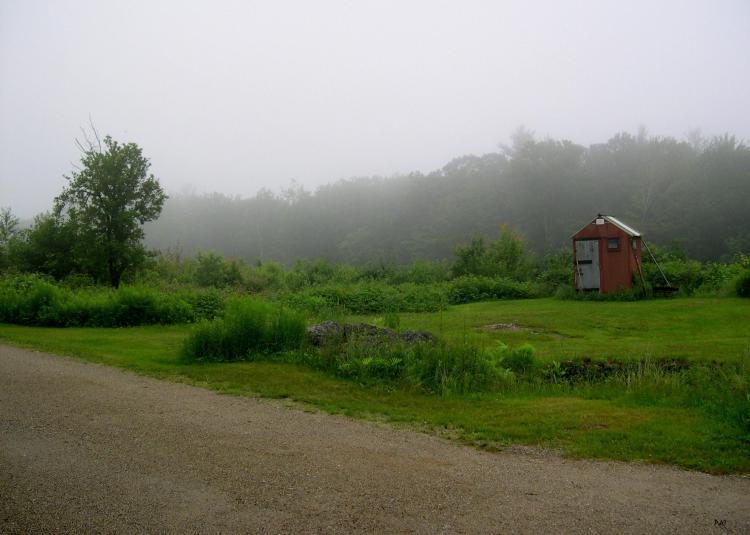Little house-misty field