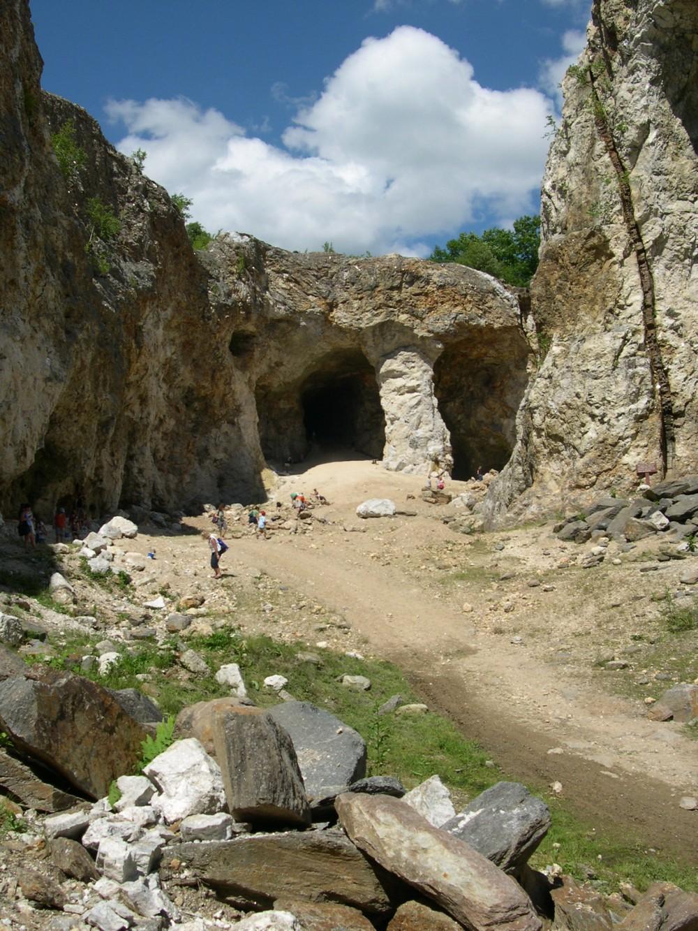 Ruggles Mine tourist attraction