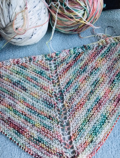knitting sun-kissed shawl