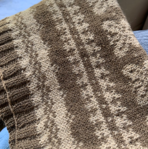 two color stranded knit cowl in Tynd yarn