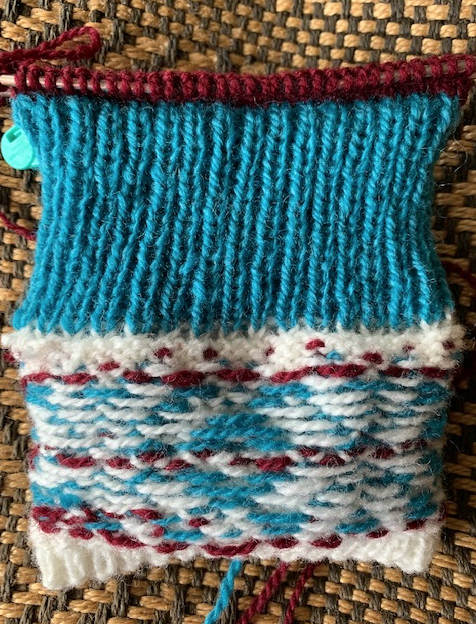 knitting the mitten cuff and lining