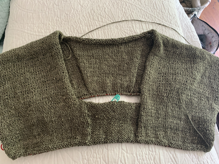 My Over the Top Tee knitting continues with back and front now connected under the arms with lots of circular knitting from here to the hem.