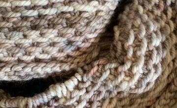 Honey cowl in bulky yarn