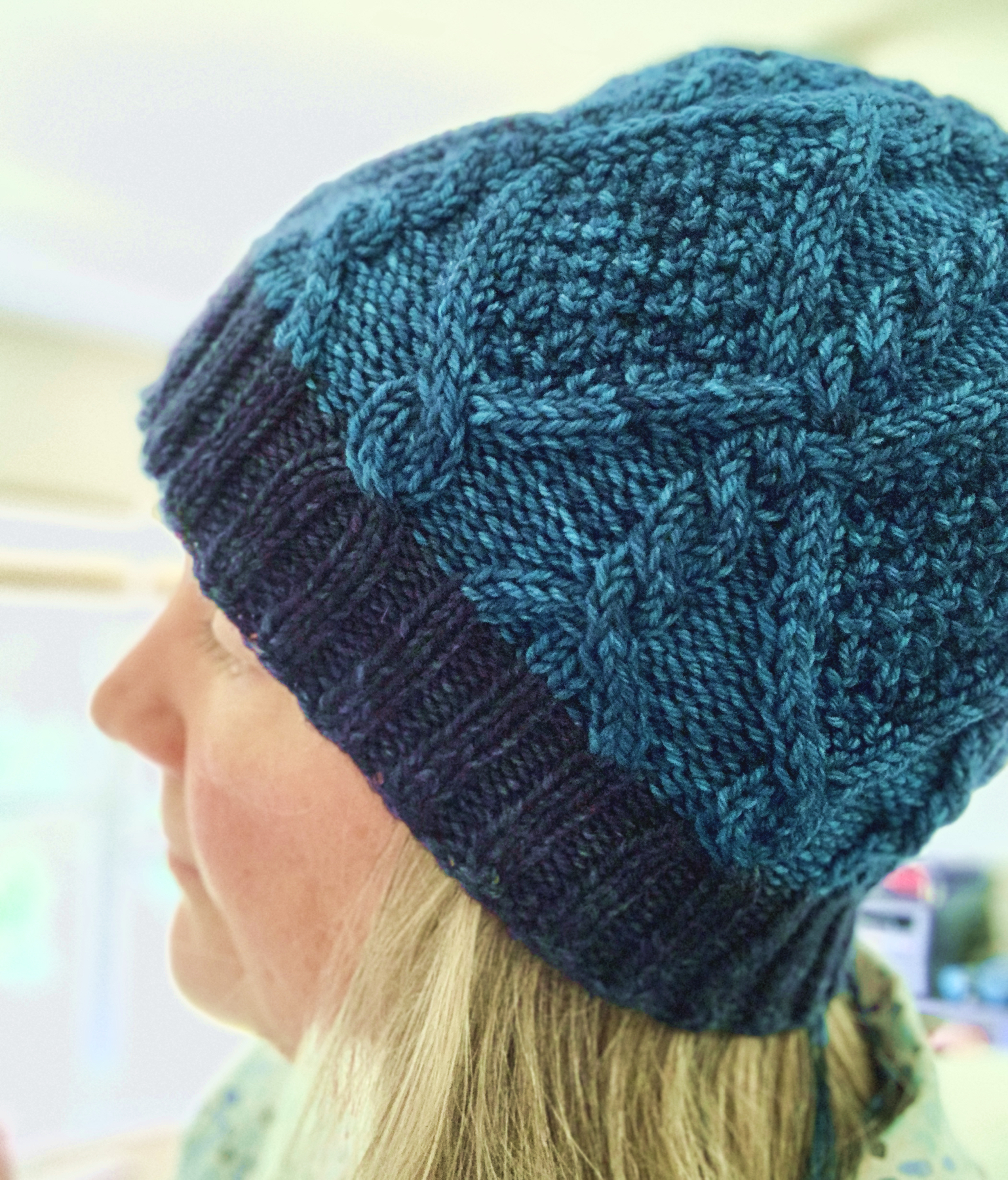 Skiff Hat with cables