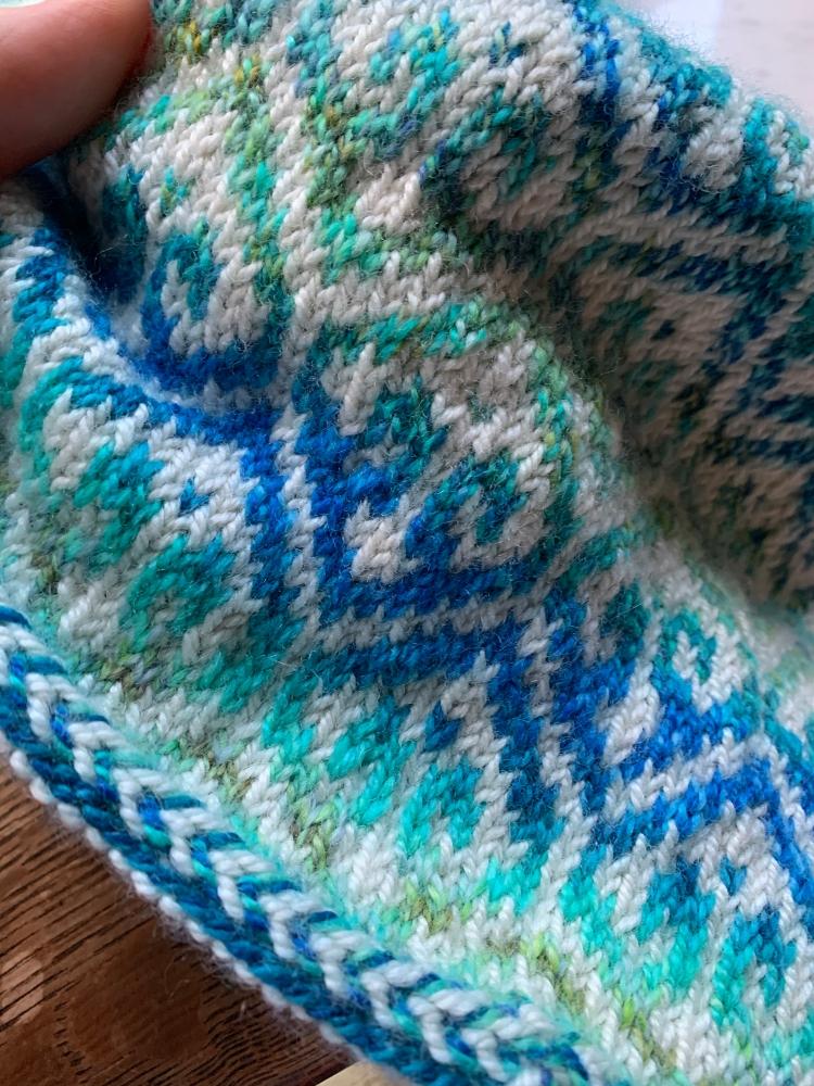 Turkish patterned cap knitting design