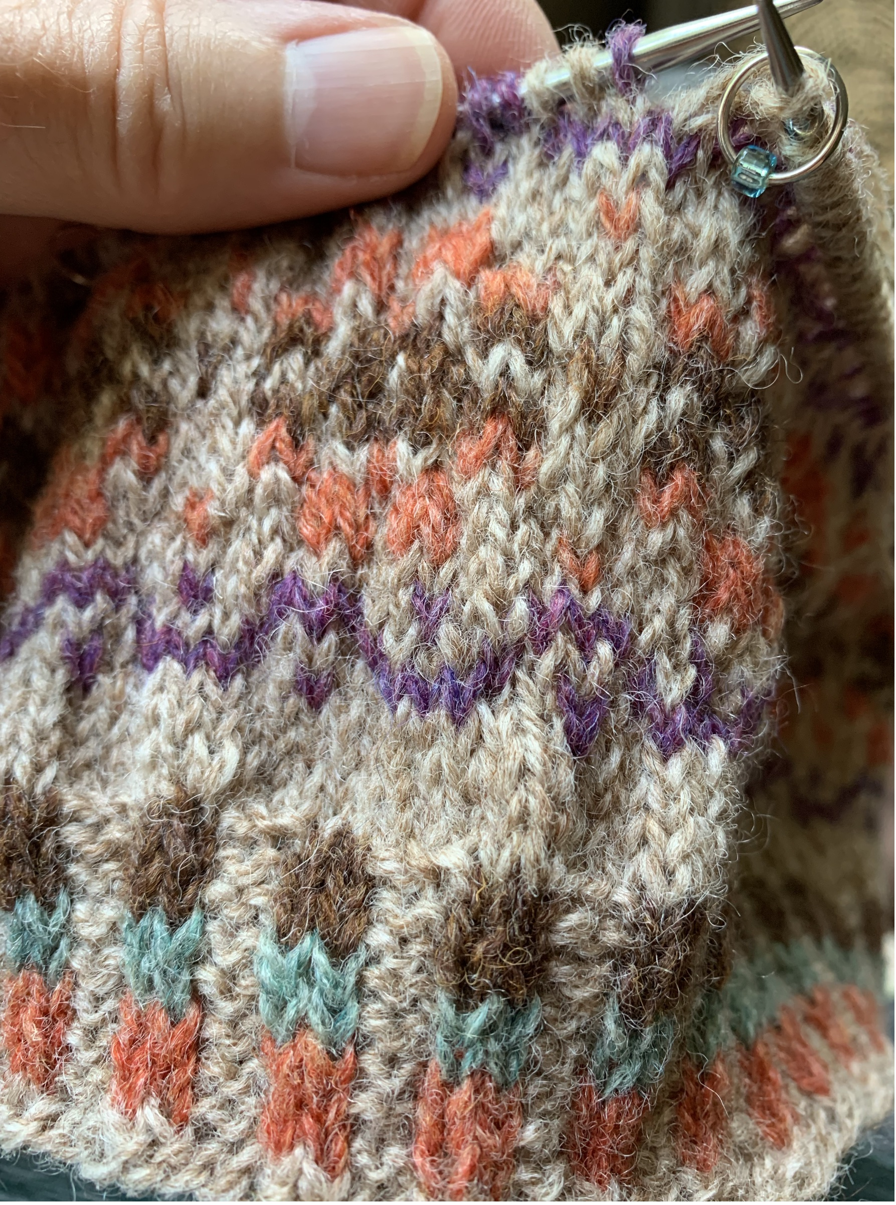 Katie's kept tan corrugated rib colorwork knitting