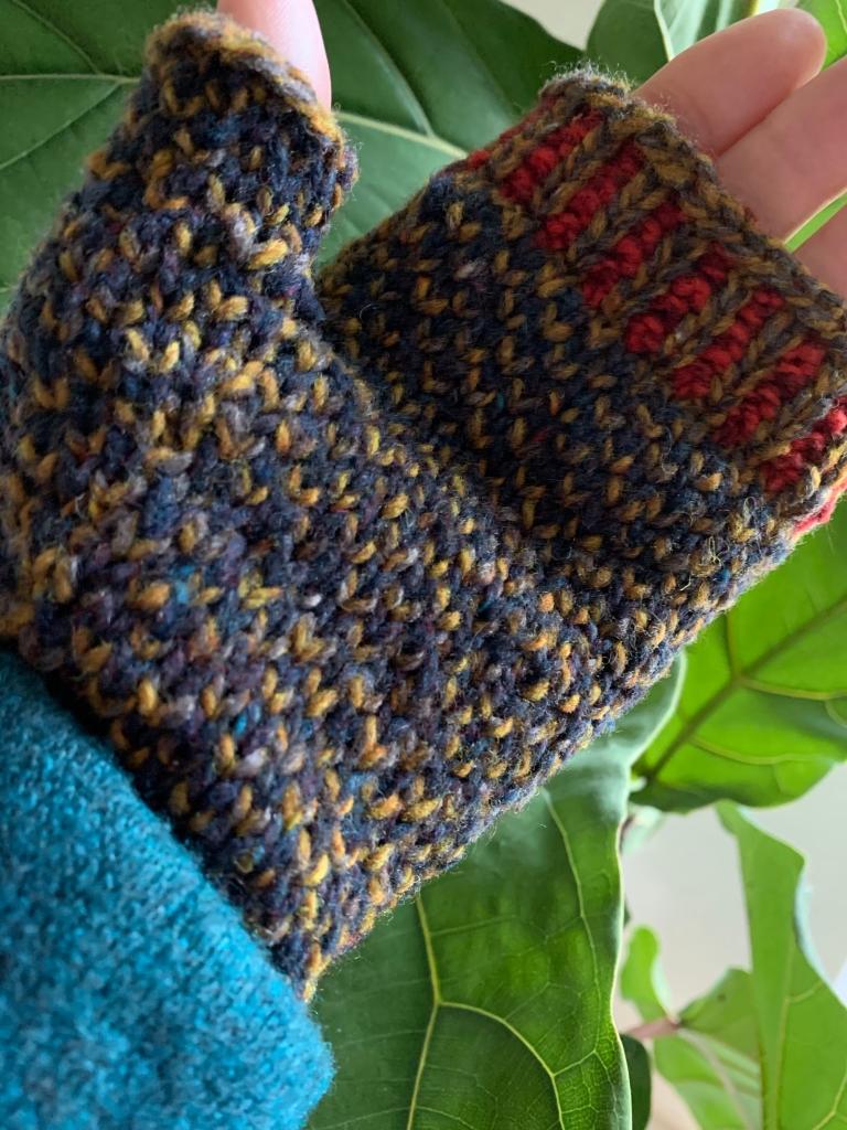 Wearing Oulu mitt for left hand