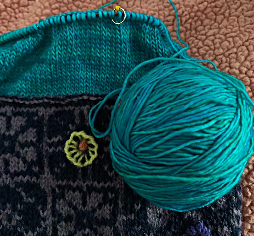 Turquoise yarn for knitting lining of Keramos Cowl