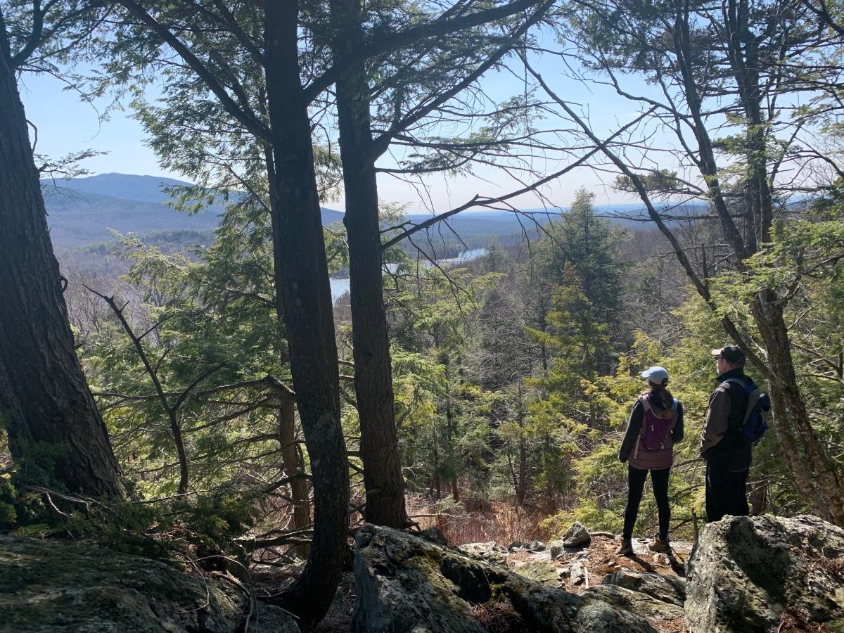 Vista desde la cima de la caminata por la montaña