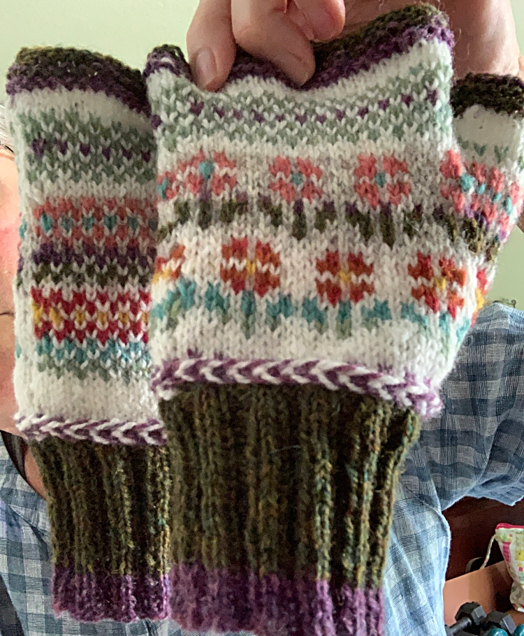 fingerless mitts floral pattern wool Fair Isle