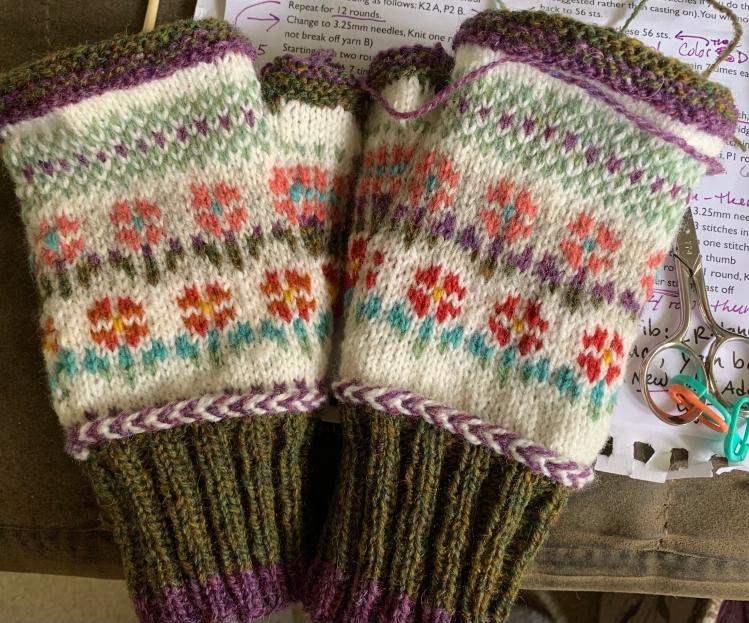 flower mitts fingerless knitting colorwork