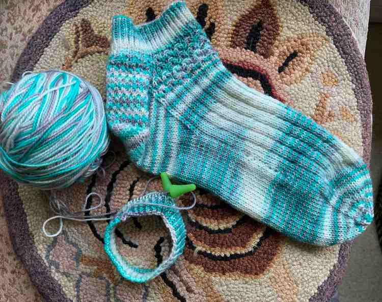 knitting, socks, pattern, curious handmade, shell cottage,