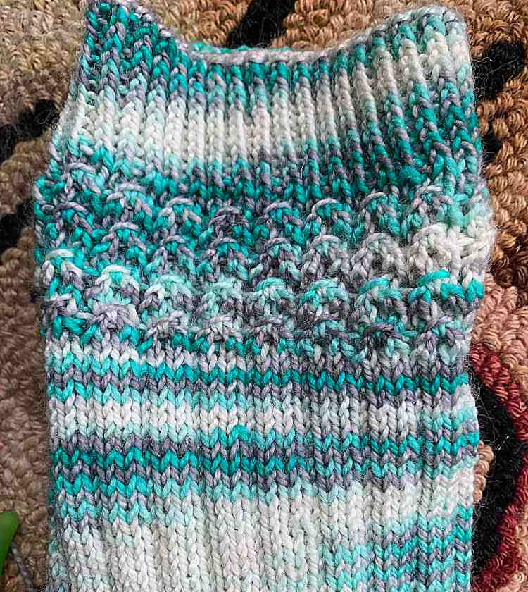 """knitting """"shell cottage"""" socks"""