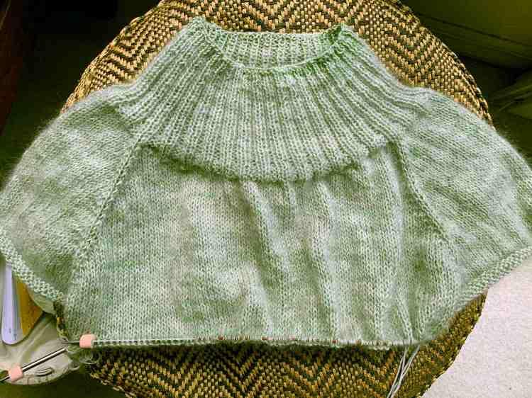 sweater raglan knitting